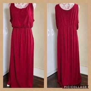 Lovesick Cranberry Sleeveless Maxidress Size 2